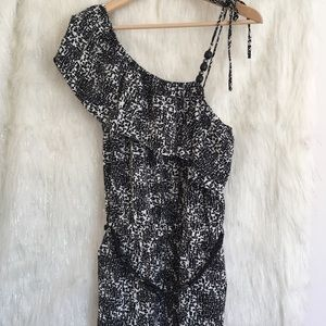 Other - *Just Listed* 🆕 Black and White Jumpsuit